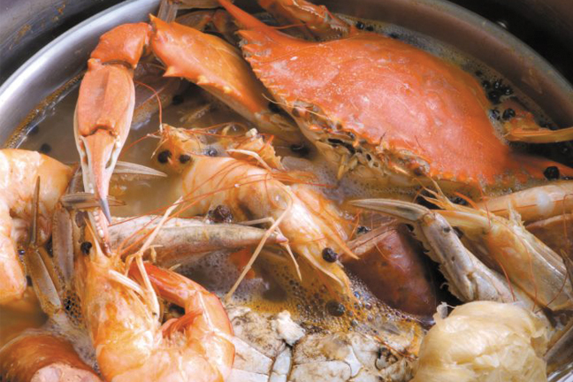Red fish grill chef new orleans la new orleans for Red fish grill new orleans