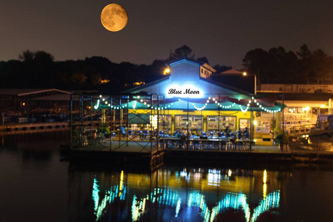 Blue Moon Waterfront Grille