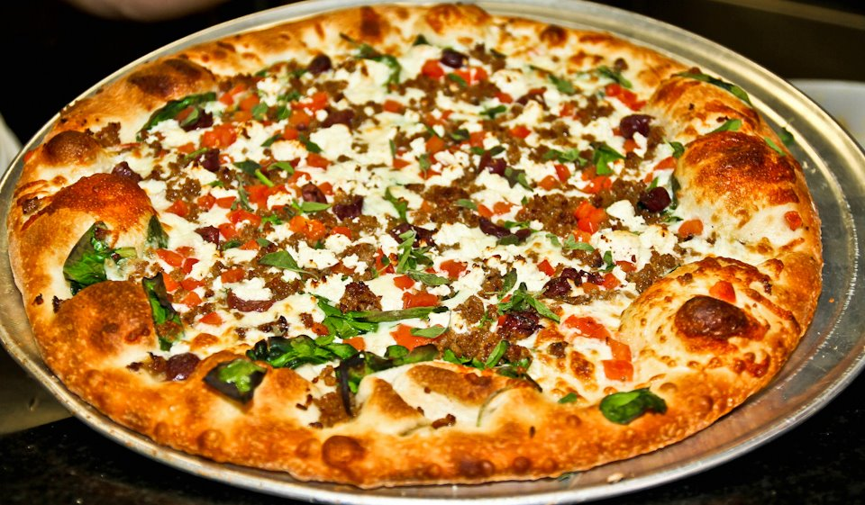 Slyce Pizza Bar (Madeira Beach)