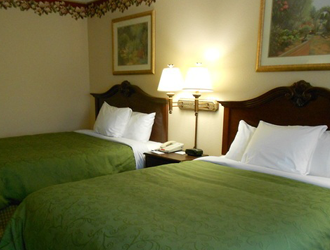 Country Inn & Suites Indy Airport South